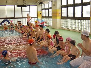 親子水泳.JPG