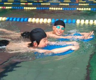 hswimming-2011-03-15T00_03_40-1.jpg