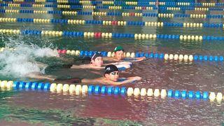 hswimming-2011-03-15T00_03_40-2.jpg