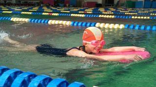 hswimming-2011-03-15T00_03_40-4.jpg
